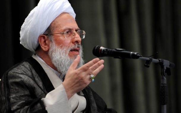 آیت الله ری شهری: احمدی نژاد مدعی بود هدایت شخص ایشان با خود امام زمان است