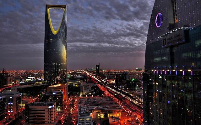سبقت ترکیه، امارات، آذربایجان و عربستان از ایران/ ما هنوز درگیر دعواهای داخلی هستیم