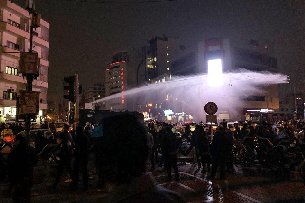 آیتالله محسن غرویان : همه مردم معترض اغتشاشگر نیستند/ اعتراضات اخیر برای نظام یک زنگ خطر است